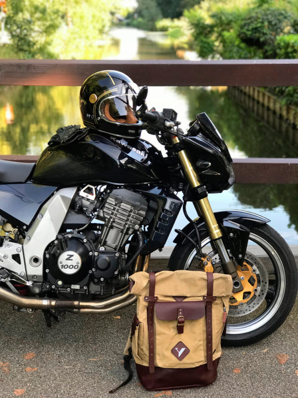 image backpack Oasis waxed cotton, Roadster gold black, second skin man green