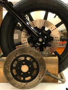 TPCustom Harley Davidson 883 Custom Tracker